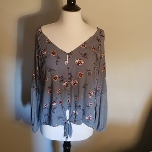 Grey/blue floral blouse w/tie front 3/4 sleeve